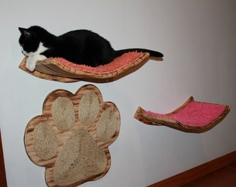 Set of Two Curvy Shelves -n- Paw Scratcher