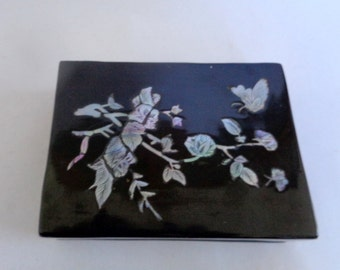 Lacquer Box with Mother of Pearl Inlay,  Wooden Lacquer Jewelry Box,  Mother of Pearl Inlay Art, Flower, Butterflie, Maehwa Design, Korea