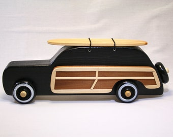 Surf Woody Wagon Black with Natural Wood Board