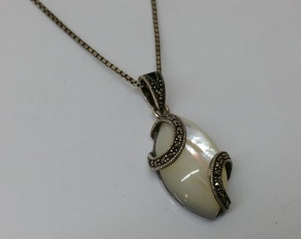 925 Silver Pendant with agate & Markasiten SK648