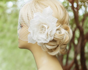 Birdcage veil - Wedding fascinator - Fascinator -Wedding headpiece - Wedding Hair Flower - White birdcage veil - White fascinator