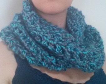 Round warm scarf