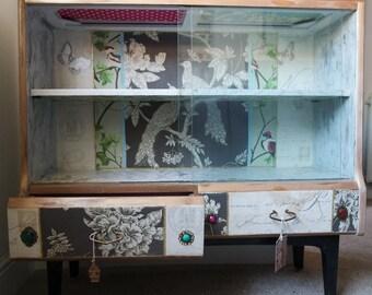 Francesca display cabinet