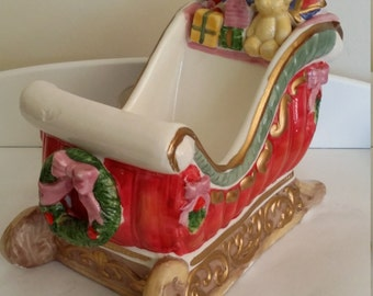 Ceramic sleigh, hand painted Holiday sleigh, Christmas sleigh, Holiday sleigh, christmas decoration, candy bowl, nut dish
