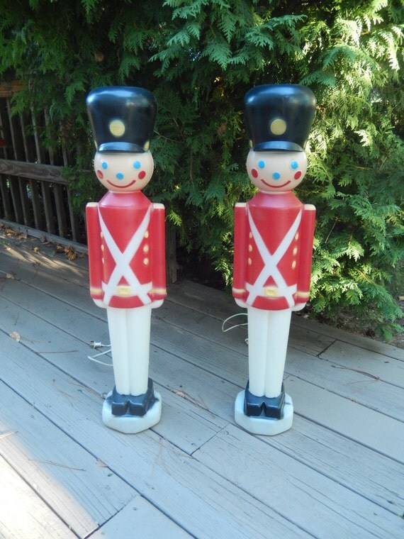Vintage Christmas Toy Soldiers Pair Lighted Toy Soldiers