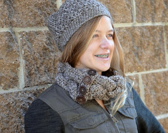 4-Button Braided Crochet Cowl