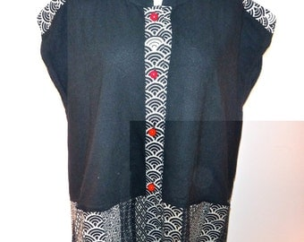 Short-sleeve Asian Blouse - Black & White Pattern with Red Buttons  - SP-2101S