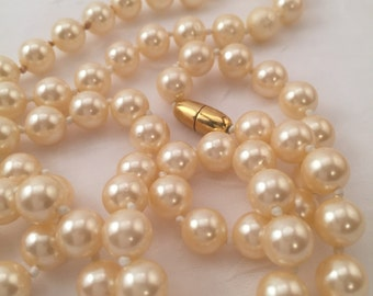 Vintage faux pearls, glass pearls, off white, pink hue