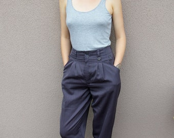 Vintage Artisan Highwaisted Tapered Trousers in Dark Stripe Grey