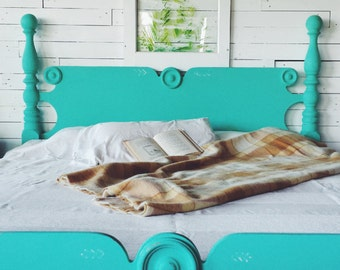 Tropical Teal Bed