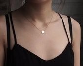 Star Necklace, Dainty Customized Star Necklace, Simple Layering Necklace in Sterling Silver D53