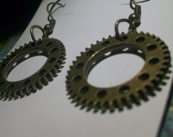 Steampunk ring gear earrings