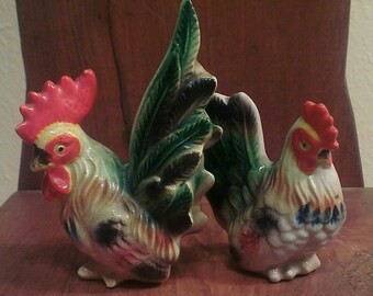 Vintage Rooster / Hen Salt and Pepper Shakers