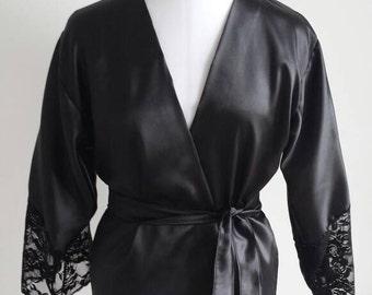 Negligee (satin kimono with lace trim - pyjama)