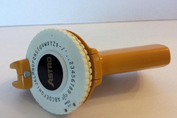 Vintage gold astro label maker dial a letter 70s office for Letter label maker