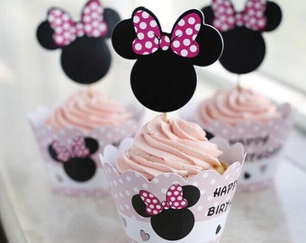 12 Minnie Mouse Cupcake Wrappers and Toppers