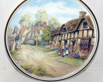 ROYAL KENT Bone China Plate Made in Staffordshire England -  161