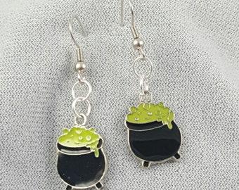 Halloween earrings - Cauldrons