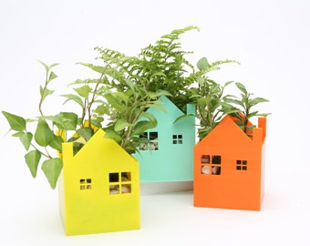 Little House Planter/ Container/ Home Decor/ Office Decor/ Gift/ Gardening/ Best Gift/ Valentine's Day/ Father's Day/ Wedding