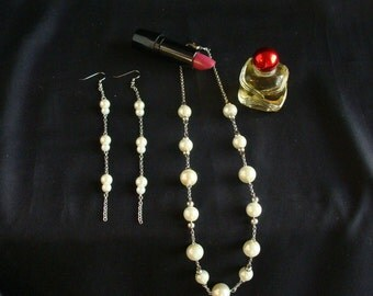 "ivory pearl chain necklace and earings; ""Pearltastic"""