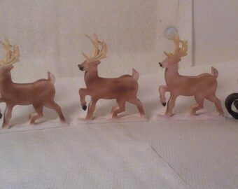 Sleigh and Reindeer miniatures