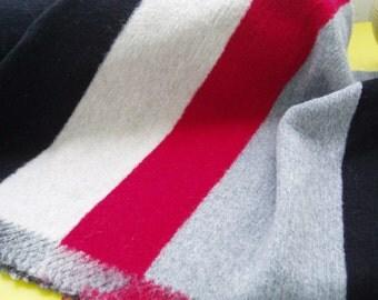 1 REPEAT... Soft knit striped (502637)