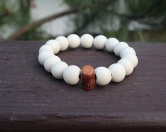 """Round 12mm """"Ivory"""" Bracelet"""