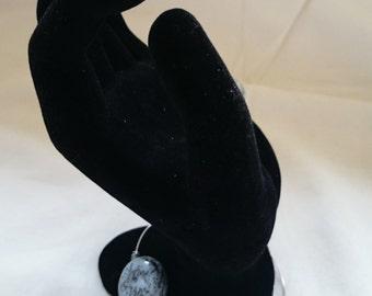 Wire Bracelet with blue/grey beads