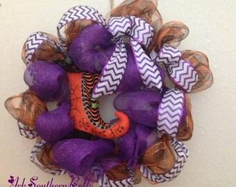 HALLOWEEN DECOMESH WREATH, Witch's Boot Wreath, Purple & Orange Deco mesh wreath, Fall Door wreath, Halloween Decor, If The Shoe Fits Wreath