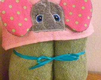 Elephant hooded towel with 3D ears