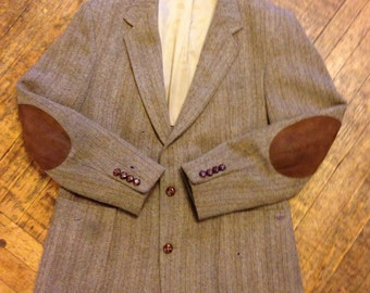 Vintage Men's Fitted Wool Tweed Blazer, Bodywork by Haggar, Brown and Caramel Herringbone Tweed with Elbow Patches, Size 42. Gifts for Him