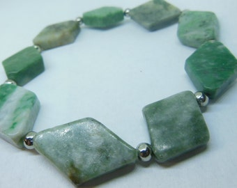 Green agate and silver stone bracelet
