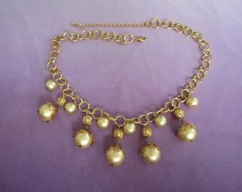 Vintage Gold Tone, Faux Pearl Necklace