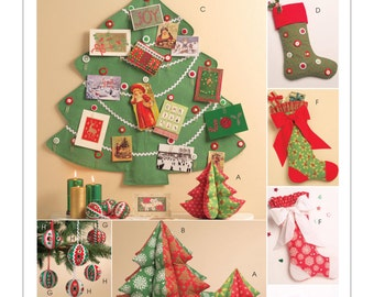 Sewing Pattern for Christmas Crafts, McCall's Pattern 5778, Christmas Decorations, Ornaments, Stockings, Stuffed Christmas Trees