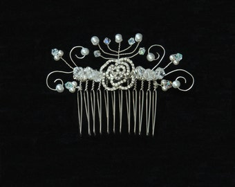 Crystal and pearl swirl hair comb