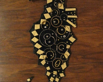Wall Hanging Seahorse Stunning Black and Gold