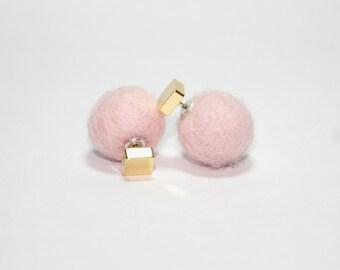 Wool pom pom earrings