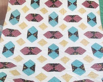 Amish Dancing Diamonds King Quilt  BB124