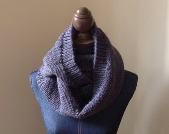 Knit Infinity Scarf // Chunky Scarf // Circle Scarf // Cowl // The Classic