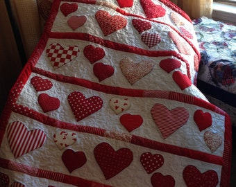 Hearts Red-and-White Valentine's I-Love-You Handmade Baby Quilt