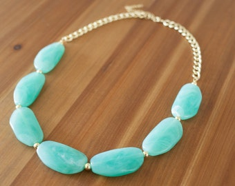 Chunky Mint Green Statement Necklace, Light Green Necklace, Seafoam Green Necklace, Green Beaded Necklace, Green and Gold Necklace