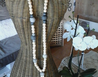 Necklace wooden beads