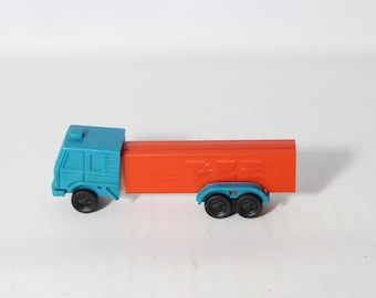 PEZ Candy Dispenser / Vintage Blue Truck - Slovania