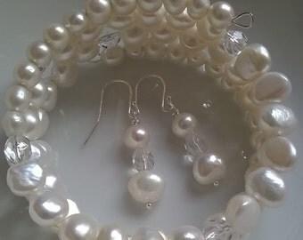 Freshwater ivory cream pearl chunky bracelet