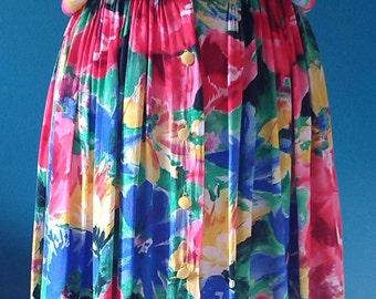 Vintage 80s dress buttoned