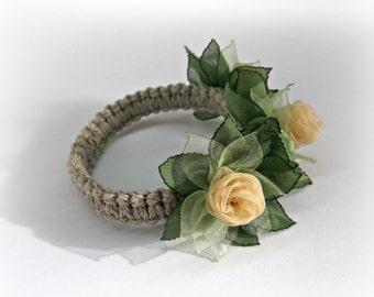 Flower napkin ring for wedding reception table decoration Handmade dinner napkin holders Yellow green floral napkin wraps Gift for her