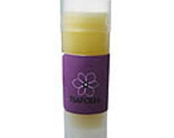 Organic lip balm Shea butter and oil essential Lavender