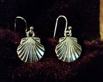 Camino de Santiago Scallop Shell Earrings