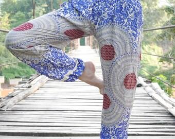 Yoga wear /Yoga pants women /Workout clothes /Boho Clothing /Hippy clothing /Hippie shop /Harem trousers /Long harem pants