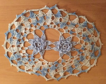 Crocheted Doilies set 7 pieces white/blue